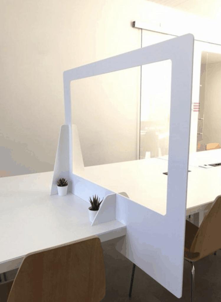 LD Media | Séparation plexiglas pour bureau